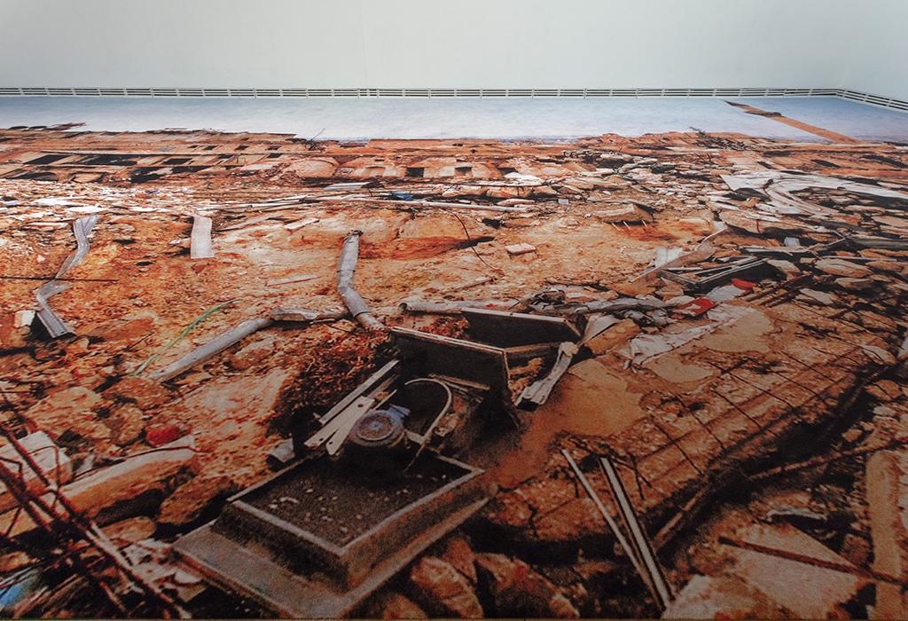 view of printed carpet on gallery floor